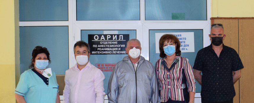Екип от ВМА дойде да дезинфекцира МБАЛ – Пазарджик