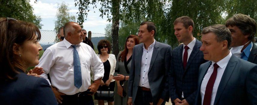Кметът на Велинград стана ексурзовод на Борисов