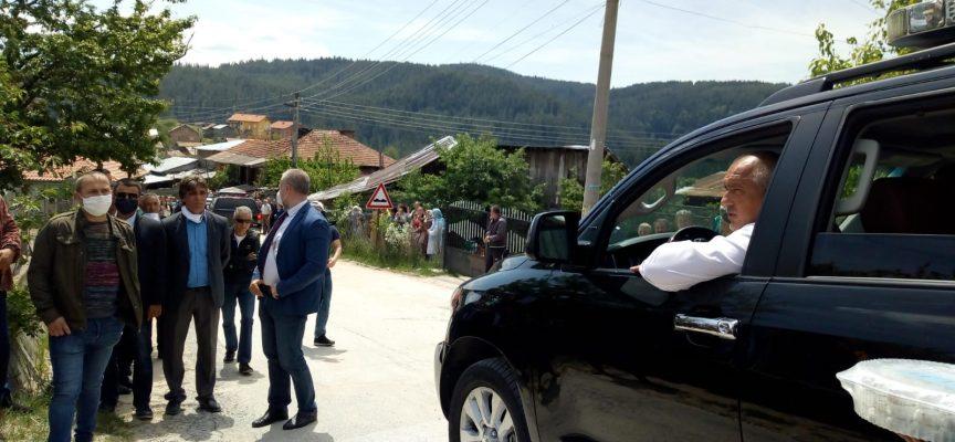 След Пазарджик Борисов стигна през Велинград до Биркова