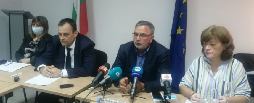 Положението в Сърница е овладяно, общината отваря в понеделник, чакат се 50 проби