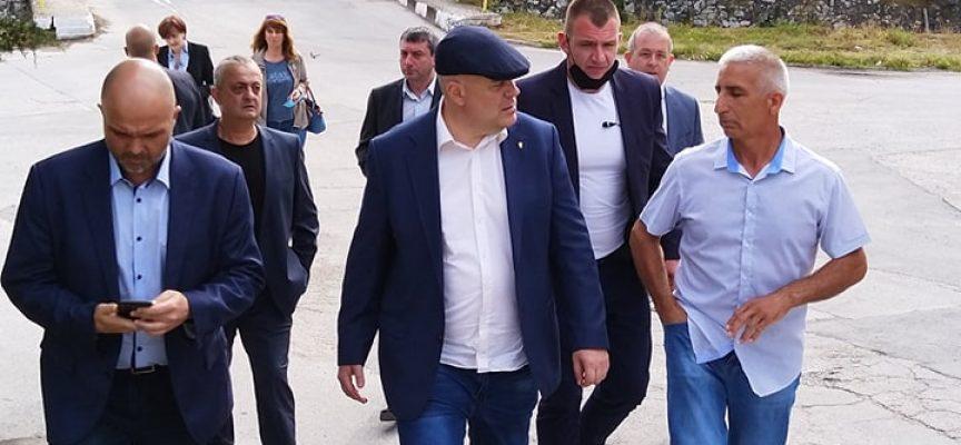 Главният прокурор пуска шалтера на три районни прокуратури в областта