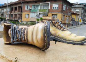 Пещера може да кандидатства за Рекордите на Гинес с полимерните обувки на входа