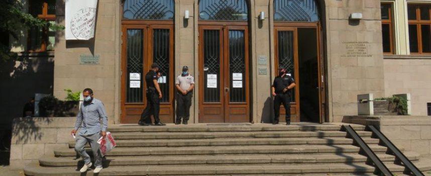 Иван Балабанов остава в ареста