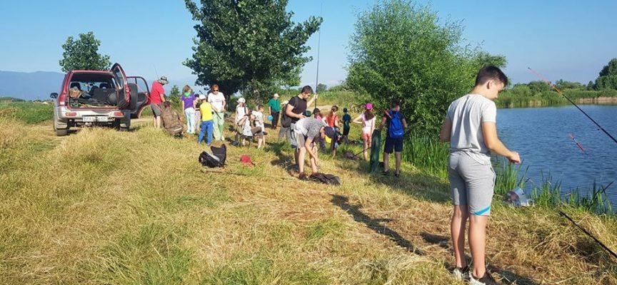 Училище за млади риболовци край Звъничево ще тече до средата на юли