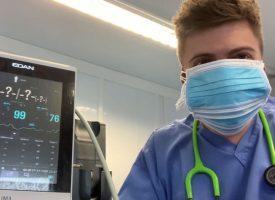 Лекар разби мита, че маската ни спира притока на кислород