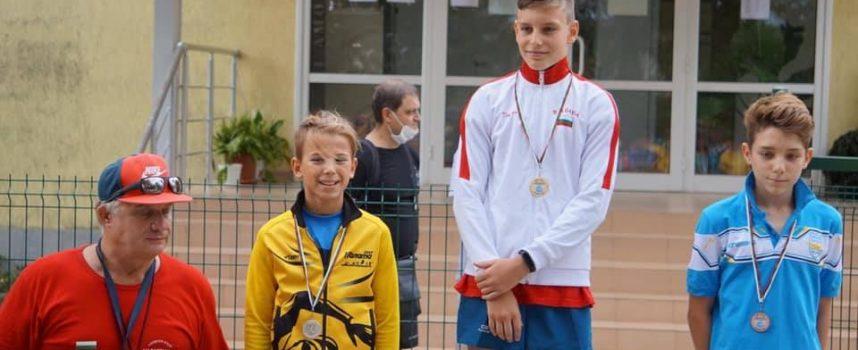"""Младите петобойци на  СК """"Шампион"""" с 3 медала и 3 купи от Шумен"""