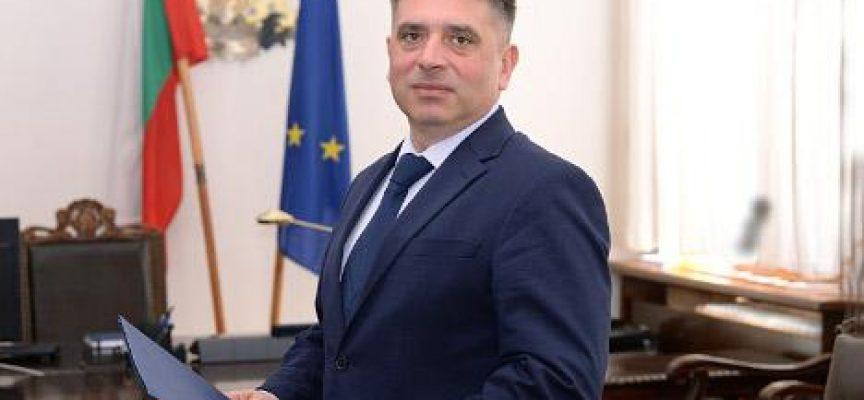Данаил Кирилов подаде оставка, Борисов я обсъжда с патриотите