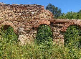 Съботни маршрути: Разгледайте останките на древните градове край Белово, Септември и Ветрен