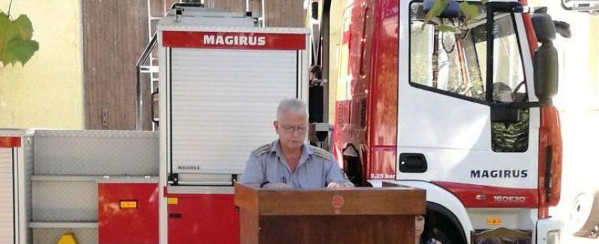 Петима са спасени от пожарникарите за осем месеца, вижте кого наградиха днес