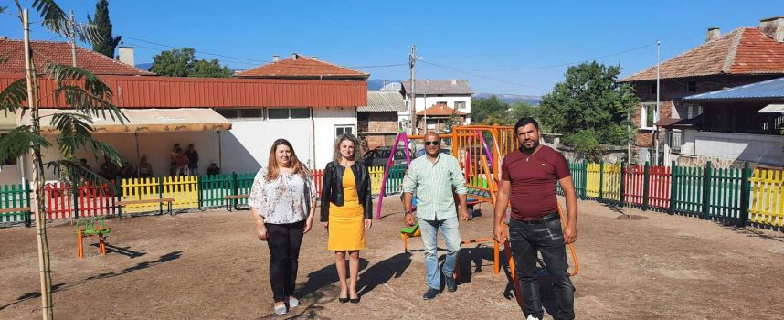 В Брацигово направиха нова детска площадка