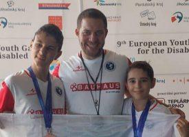Емил Кондев и Алекс Сърнов се завърнаха с бронз и злато от Европейското в Бърно