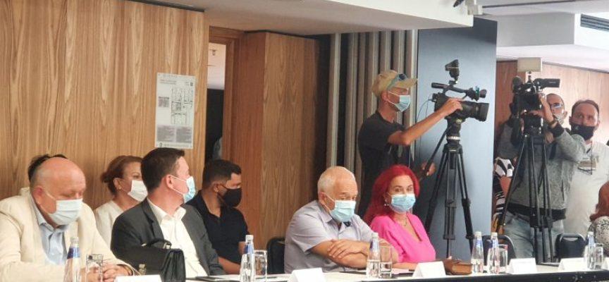 Проведе се дискусия за КОВИД-19 и mредизвикателствата пред лечебните заведения