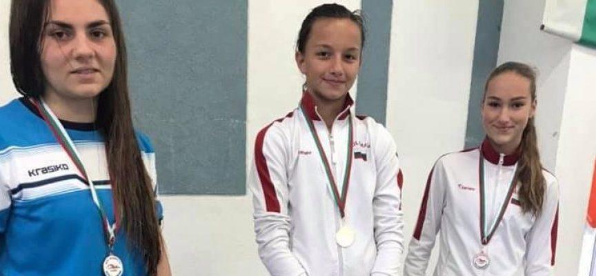 """13 медала за плувците на """"Шампион"""" от турнир """"Младост"""" Пловдив"""