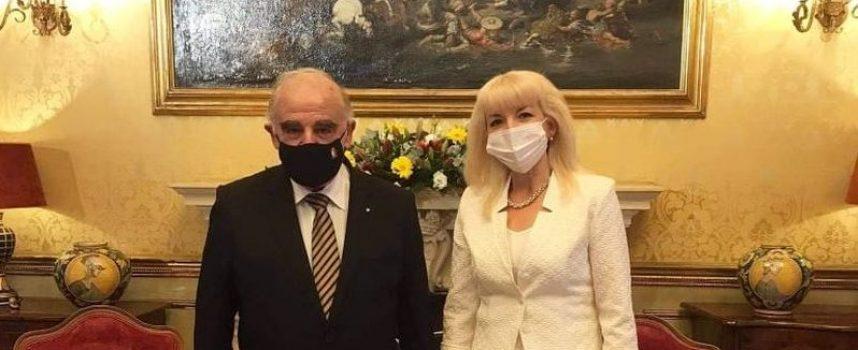 Петя Ставрева се срещна с президента на република Малта