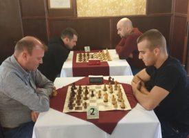 Силен турнир по шахмат и много награди в Пазарджик