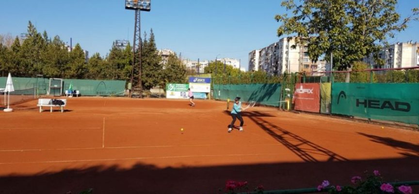 Три българки на полуфиналите на двойки на силния международен турнир по тенис в Пазарджик