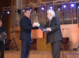 """Хари Харалампиев е носителят на голямата награда """"Константин Величков"""""""