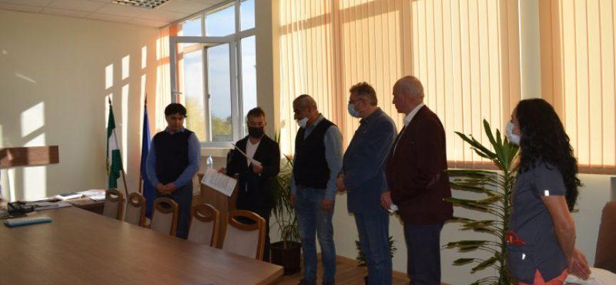 Ротари клуб Пазарджик дари 6 кувьоза на МБАЛ Пазарджик