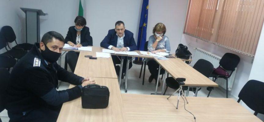 От 6-12 клас: Учениците минават на онлайн обучение в Пазарджик – град