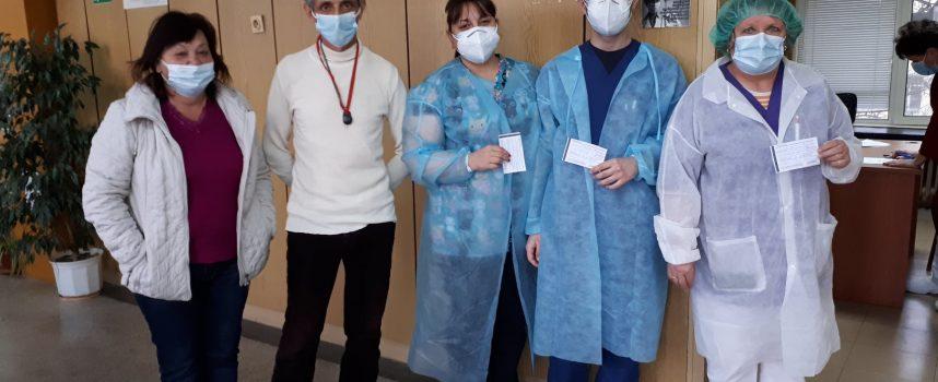 До събота: Ваксинират лекари, медицински сестри и санитари в МБАЛ – Пазарджик