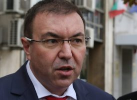 Три заповеди издаде министър Ангелов, вижте ги