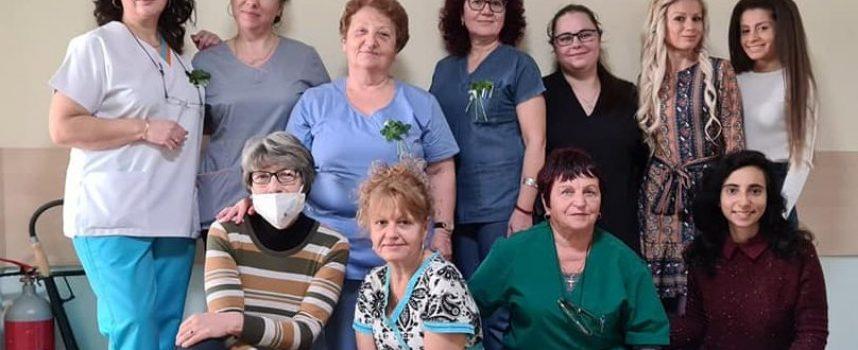 """Много бебета и дълголетие си пожелаха в Родилното отделение на МЦ""""Здраве"""""""
