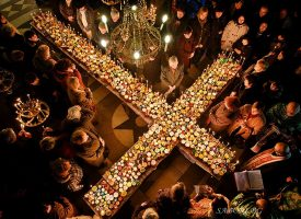 Освещаваме меда в деня на Св. Харалампий