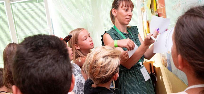 Пропуските от пандемията в образованието провокират повече хора да стават учители в Пазарджишко