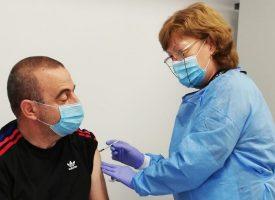 Поток от желаещи за ваксинация отчитат от РЗИ