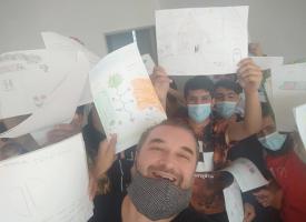 Арт Ангел помоли деца – мигранти да нарисуват пътя си до България