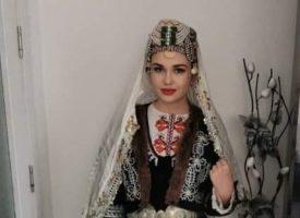 Неби Бозов призова хората от Сърница да подкрепят съгражданка в конкурс за носия