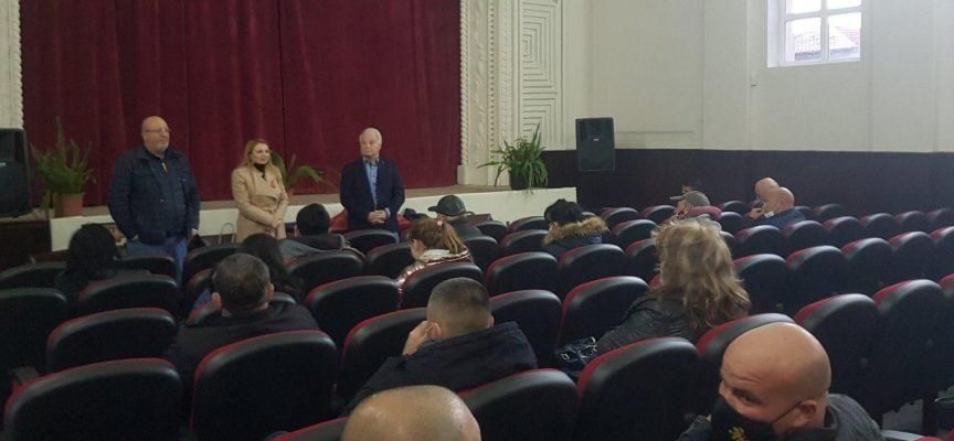 Кандидат-депутати от ГЕРБ Пазарджик се срещнаха със земеделски производители от община Лесичово