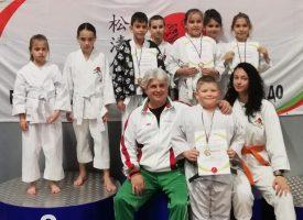 """Седем медала за каратеките на СК """"Тонус-Спорт"""""""