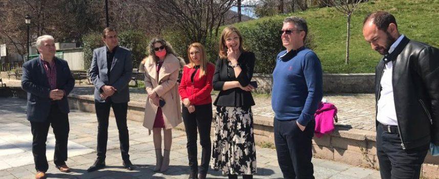 Водачката на листата на ГЕРБ и СДС Екатерина Захариева посети община Брацигово
