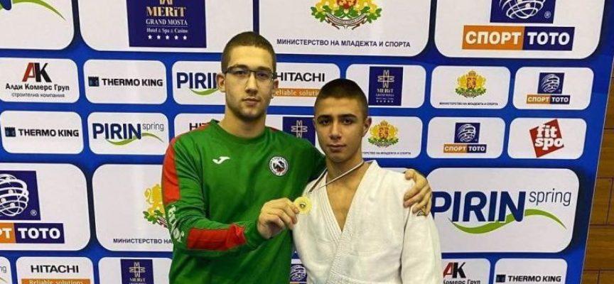 Мариян Палев и Борислав Владов заминават на състезание в Загреб