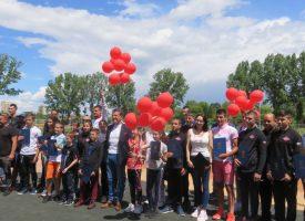 25 държавни шампиони в различни видове спорт получиха награда днес от кмета Тодор Попов