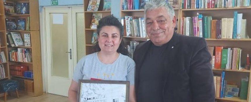 "Теодора Димитрова-Ташкова бе избрана за ""Библиотекар на 2020 г."""