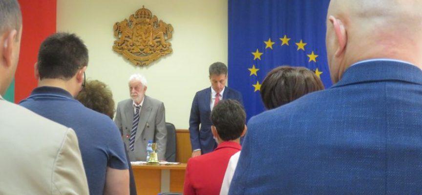 На Тържествената сесия: Иван Васев поздрави общинските съветници и Пазарджик, вижте кои са отличените за тази година за празника