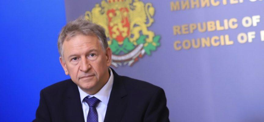 Министърът на здравеопазването: Извънредната епидемиологична обстановка се удължава с два месеца