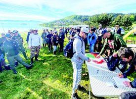 """Малко хора подкрепиха днес почистването на яз. """"Батак"""", преди дни много повече дойдоха за състезание по риболов"""