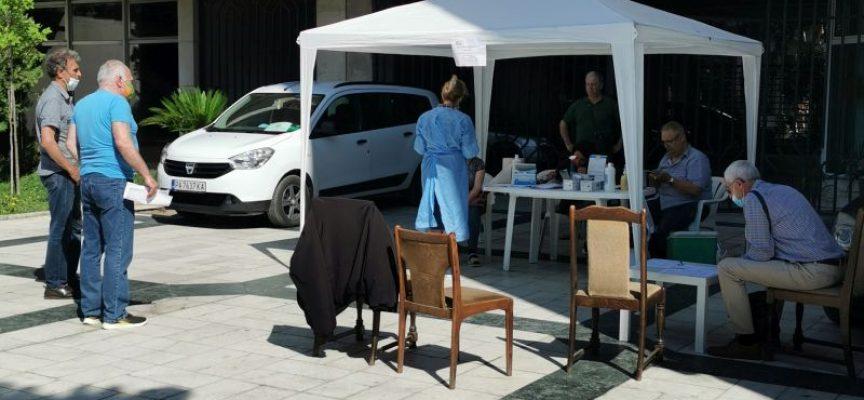 55 имунизирани лица в съботния ден в мобилните ваксинационни пунктове на РЗИ Пазарджик