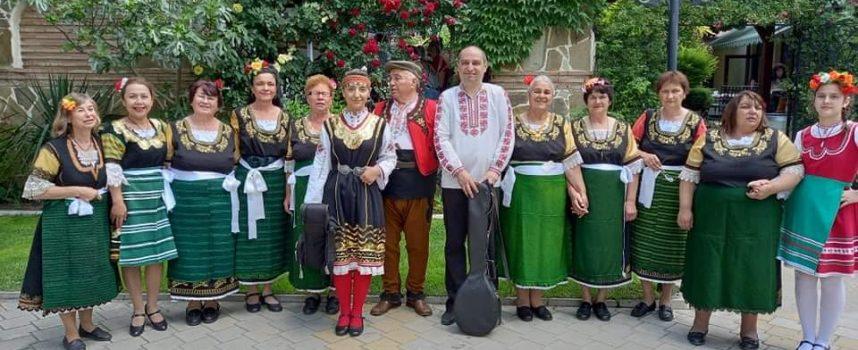 Бошулки се връщат със златен медал от фолклорен фестивал в Хисаря