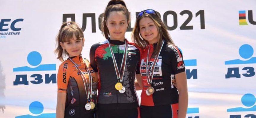 """Колоездачите на """"Палашев"""" с титли и много медали от Държавното"""