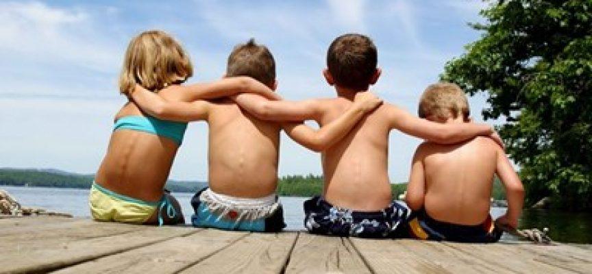 Ден на приятелството – 9 юни: Моите приятели и аз през фотообектива