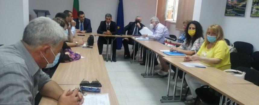 Работна среща във връзка с предстоящите избори се проведе в Областна администрация Пазарджик