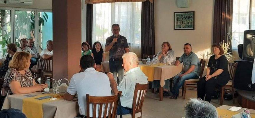 Йордан Цонев, Искра Михайлова и кандидат – депутатите на ДПС се срещнаха с граждани в Пещера