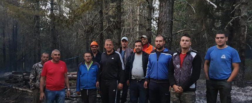 Доброволци и горски угасиха тази нощ пожар край Сърница