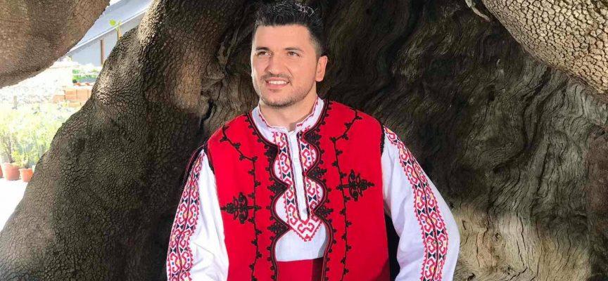 """Велинградчанинът Иван Паланов ще представя областта на """"Пирин Фолк"""" Сандански 2021"""