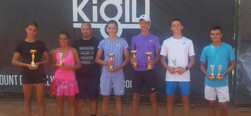 Над 90 тенисисти определиха шампионите на турнир в Пазарджик