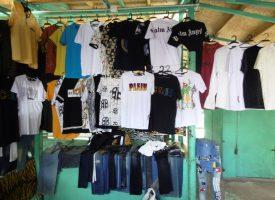Пазарджик: Полицията иззе 277 броя ризи, тениски, анцузи и къси панталони